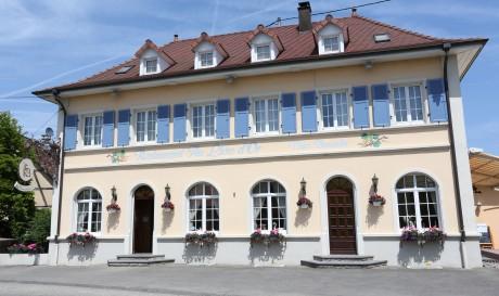 Lion dOr Rosenau facade