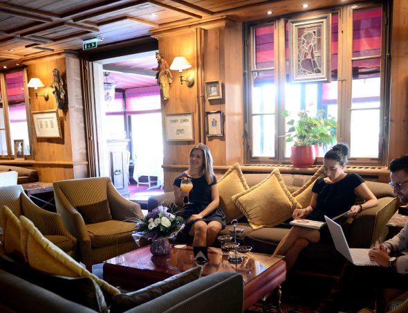 salle de s minaire proximit proche de colmar et mulhouse h tel spa les violettes alsameeting. Black Bedroom Furniture Sets. Home Design Ideas